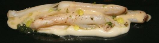 Razor clam, cream of cauliflower, Thai grapefruit and lime
