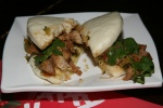 780 Steamed Bun with Stewed Pork $5.99