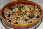 Rice and beans with crispy garlic $6.00