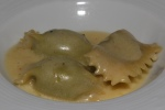 Truffled Agnolotti Pasta, Spinach & Ricotta, Butter Parmesan Sauce