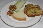 Fromage – P'tit Basque France Pyrenees sheep's milk apple slices walnuts
