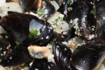 Moules à la Marinière - Cultured PEI mussels steamed with white wine, garlic & onions $10,00