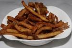Frites - Crispy fries with thyme & garlic mayo
