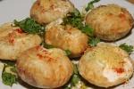 Crispy puris - stuffed with potatoes, moong daal, smooth yogurt homemade chutneys sev dry spices