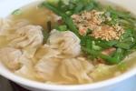 39 Wonton with egg noodle soup $6.50