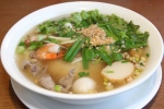 33 Seafood with egg noodle soup $7.50
